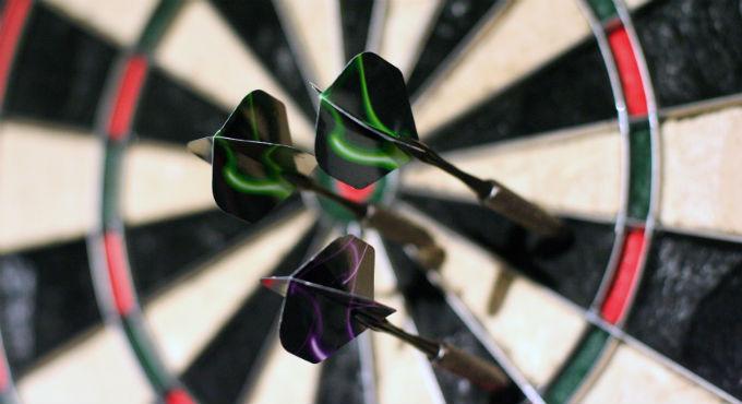WK Darts maandag: Wesley Harms - Andreas Harrysson en Waites - Adams